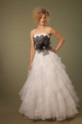 Strapless A Line Flower Ivory Organza Wedding Dress With Brush Train