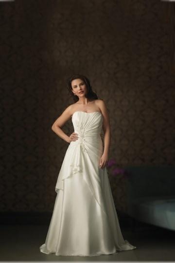 Weddingbuy Strapless A Line Chiffon Ruching Ivory Plus Size Wedding Dress