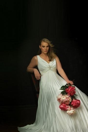 Weddingbuy V Neck Sleeveless Pleats Satin Ivory Plus Size Wedding Dress
