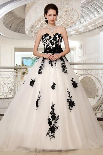 Luxus Prinzessin Stil Sweetheart Brautkleider mit Band verziert Persun