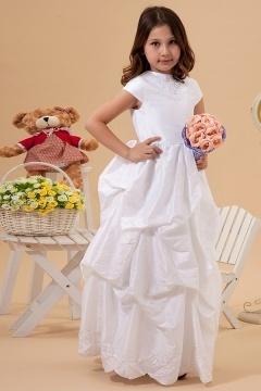 Robe cortège fille blanche à mancheron ornée de broderie