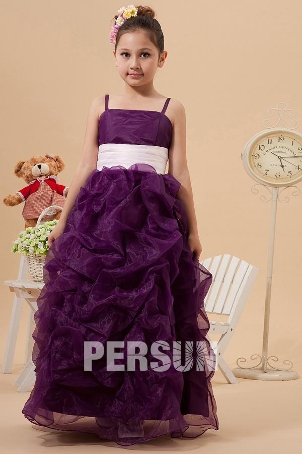 bien choisir la robe mariage enfant. Black Bedroom Furniture Sets. Home Design Ideas