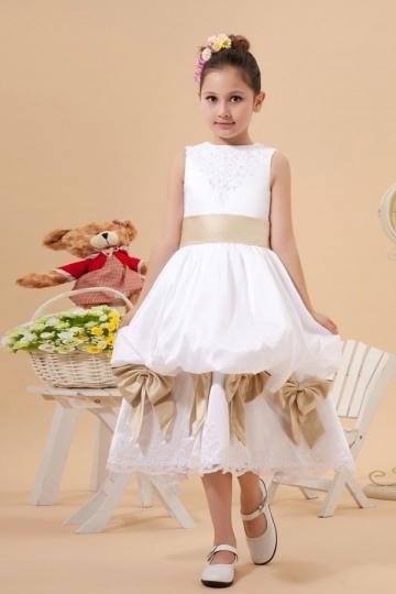 Beautiful Taffeta Boatneck Bow Lace Embroidery A line Long Flower Girl Dress