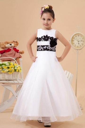 Simple Beautiful Organza Boatneck Lace Applique A line Long Flower Girl Dress