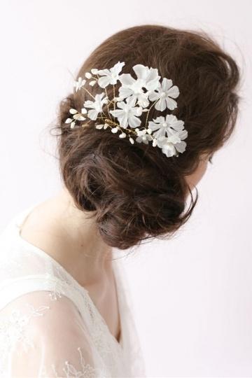 Chic Blumen Perlen Haarschmuck für Braut Persunshop