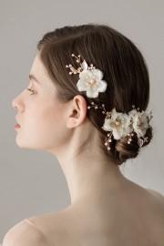 Chic Blumen Perlen Haarschmuck für Braut