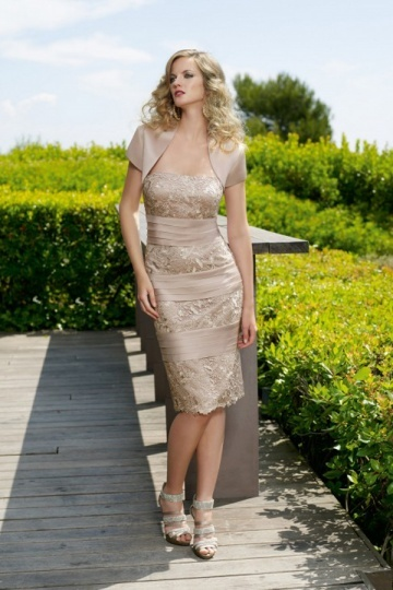 Robe dorée pour mère du marié courte bustier en satin personnalisable