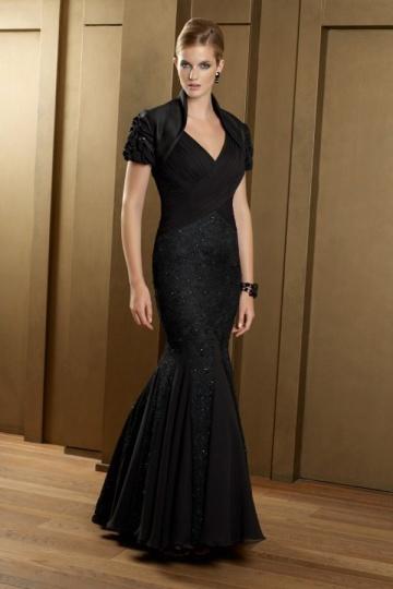 robe de soir e pour personne g e sir ne en mousseline noire. Black Bedroom Furniture Sets. Home Design Ideas