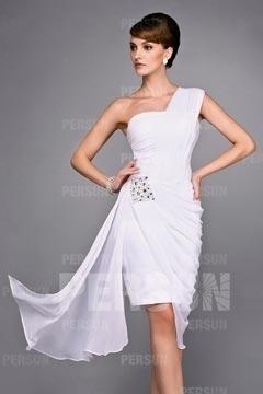 Robe épaule asymétrique blanche avec drapé