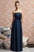 Vestido de Dama de Honor con Strapless Volante Corte A