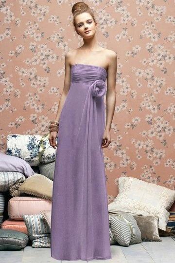 Vestido de madrinha apertado em Chiffon de seda pregueado Sem alça com flor