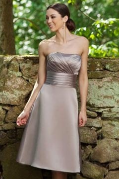 Sexy Strapless A Line Satin Ruching Knee Length Gray Bridesmaid Dress