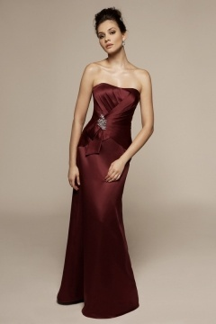 Robe pour mariage bustier bordeaux coupe sirène