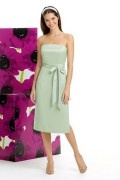 Elegant Strapless Pastel green Tea length Formal Bridesmaid Dress in Taffeta