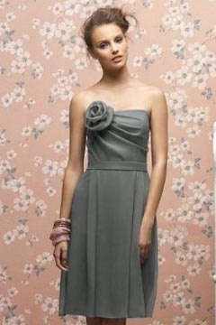 Chic Flower Strapless A Line Chiffon Knee Length Gray Bridesmaid Dress