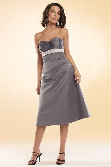 Vestido de madrinha linha-A decote em coração pregueado longos joelhos