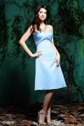 Ruching Sweetheart Satin Blue Knee Length Formal Bridesmaid Dress