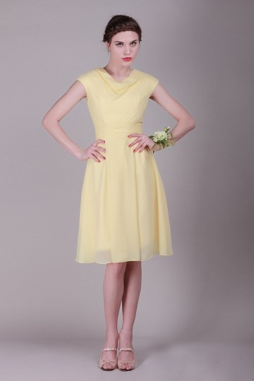 http://www.dressesmallau.com/sash-round-neck-chiffon-aline-knee-length-bridesmaid-dress-p-5018.html