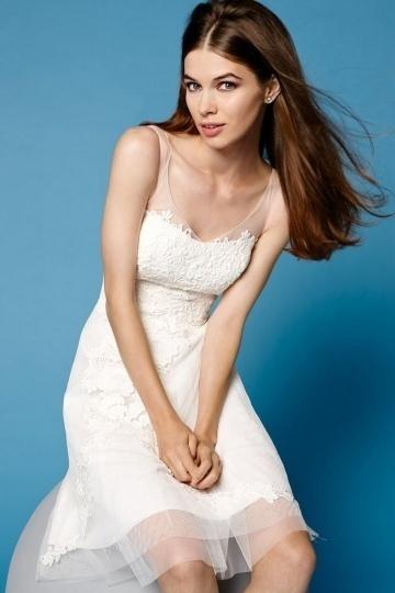 Schönes A-Linie Spitze knielanges V-Ausschnitt Abendkleider Persun