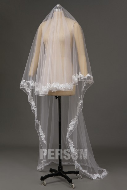 Cathedral Length One-tier Drop Flower Wedding Veil