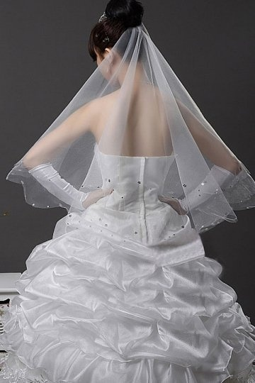 Elbow Length One-tier Applique Drop Wedding Veil