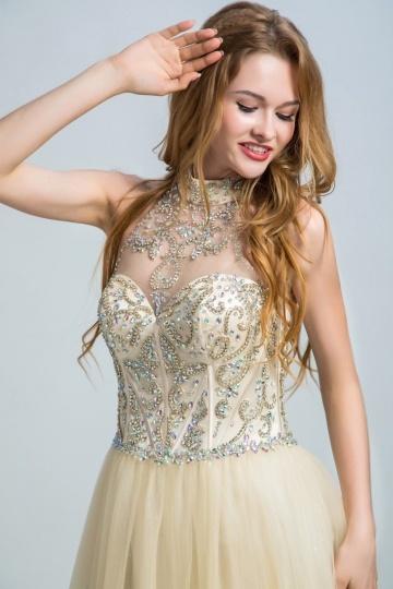 2016 Chic Champagner A-Linie Halter Rückenfreies Abendkleid aus Tüll Persun