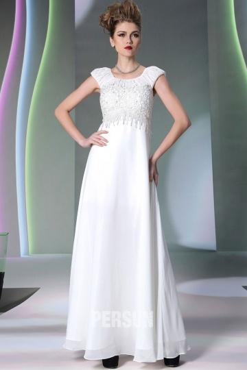 Weißes langes Kleid mit Strick verziert [XH30952]- € 58,12 ...