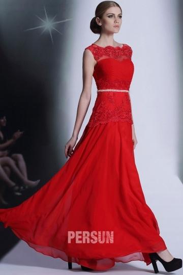 Robe soirée rouge longue design dentelle