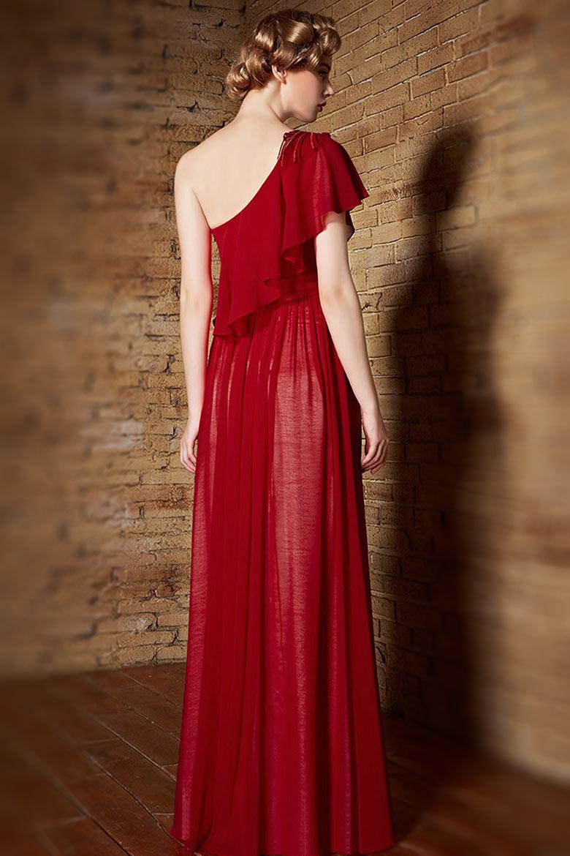 robe de c r monie rouge asym trique avec fleur et mancheron volant. Black Bedroom Furniture Sets. Home Design Ideas