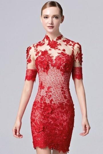 Elégante robe rouge moulante en dentelle florale 3D à manches