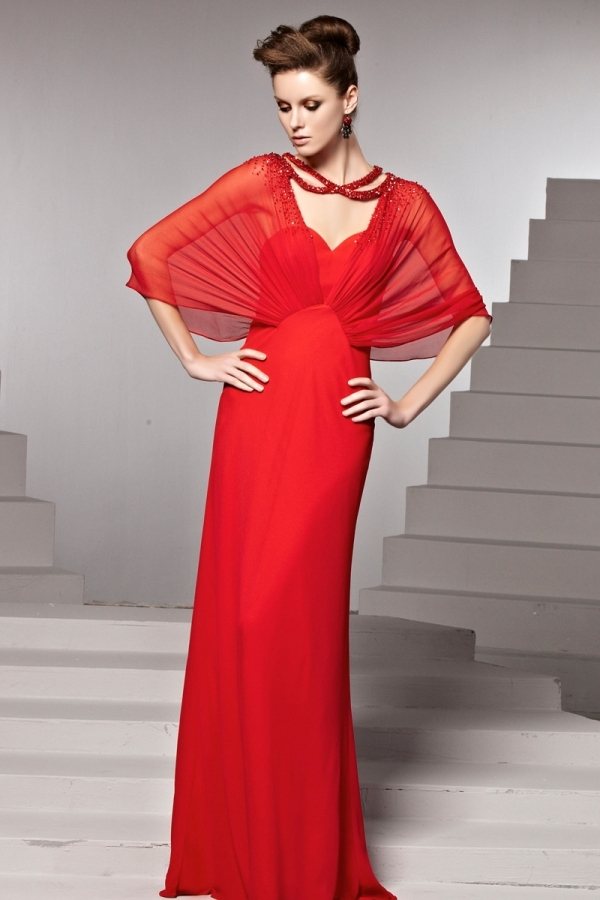 Robe rouge manche papillon
