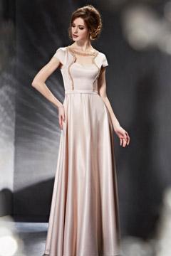 Carré-Ausschnitt A-Linie Bodenlanges champagne Abendkleid aus Satin