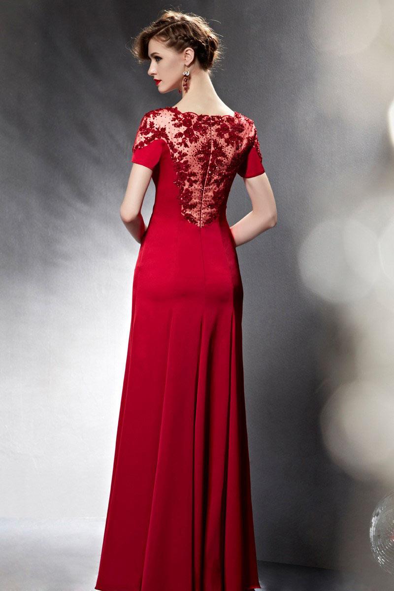 robe soir e longue manches courtes avec bijoux et fleurs. Black Bedroom Furniture Sets. Home Design Ideas