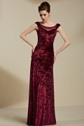 Chic Column Velvet Red Scoop Long Sleeveless Evening Dress