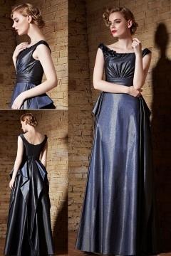 Chic A-Linie Boot-Ausschnitt langes Satin Abendkleider