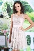 Petite robe dentelle rose nude