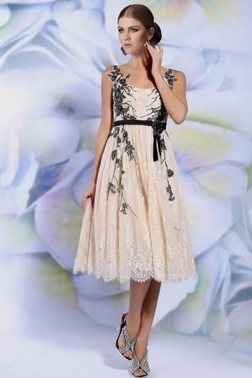 Tea length A line Scoop Champagne Lace Appliques Bridesmaid Gown