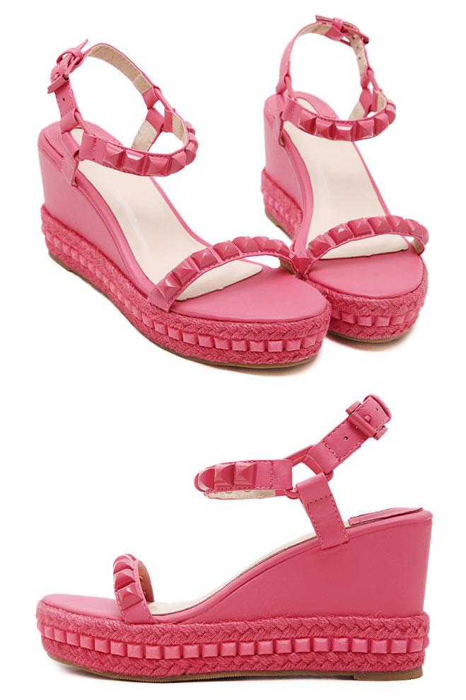 sandales roses compensées clouté