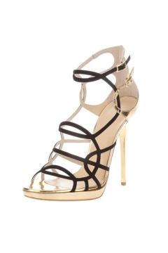 Chaussures à talon aiguille doré