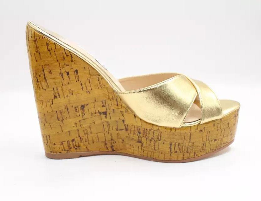 Luxus goldes Sandalen