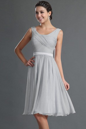 Simple Sleeveless Chiffon A line Knee Length Bridesmaid Dress