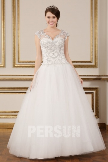 Chic V Neck Ivory Beading Princess Tulle Wedding Dress