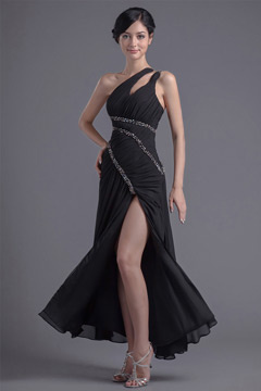 Sexy robe de cocktail noire avec fente latérale ornée de paillettes à une épaule