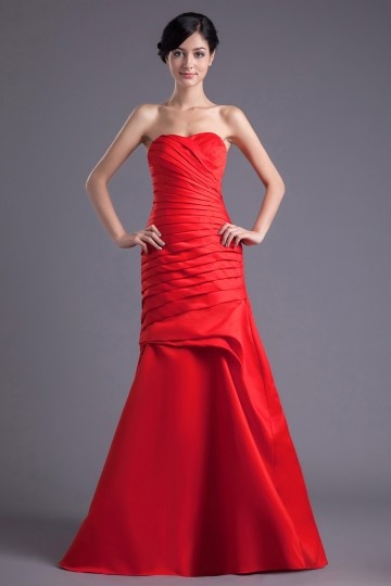 Simple Long Mermaid Strapless Taffeta Red Bridesmaid Dress