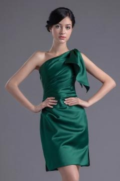 Chic Green One Shoulder Ruffles Knee Length Formal Bridesmaid Dress
