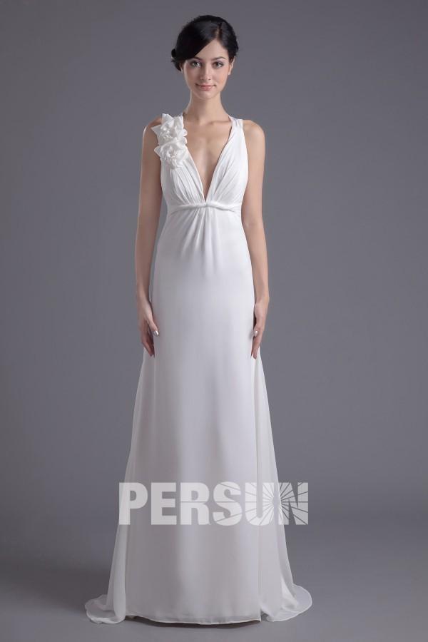 V-Ausschnitt A-Linie Pinsel-Schleppe Blumen Chiffon weißes Brautkleid