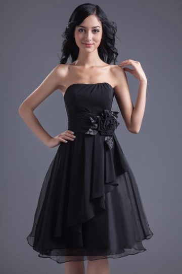 Simple Chiffon Black A Line Knee Length Ruffles Bridesmaid Dress