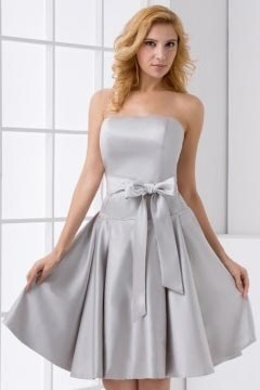 A Line Strapless Bowknot Satin Knee Length Bridesmaid Dress in Grey