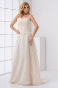 Graceful Strapless Ruched Appliques Lace Bridesmaid Dress