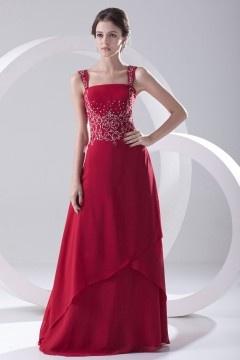 Robe rouge longue de gala élégante stras